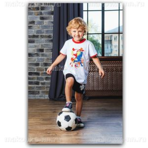 "Футболка для мальчиков ""Футболист"" белого цвета"