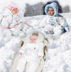 Комбинезон для новорожденного весенний