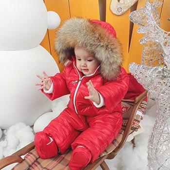 Как выбрать зимний комбинезон для новорожденных